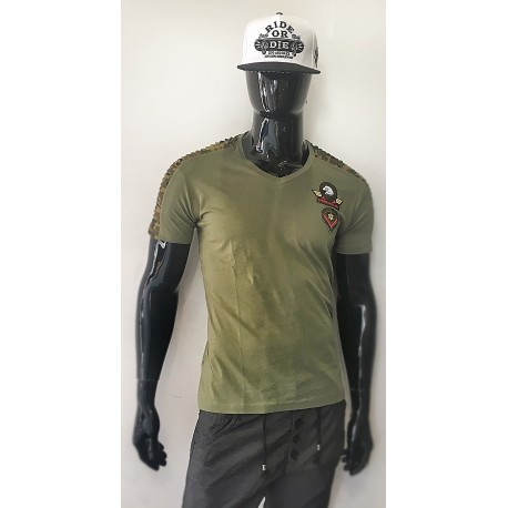 T-shirt style militaire